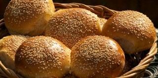 Burgerboller – Opskriften på nemme burgerboller