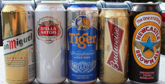 Smagning: Eksport øl ved grillen, og i sommervarmen