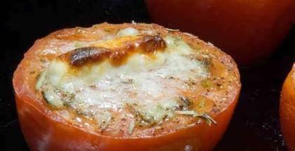 Tomatsalat i grillen
