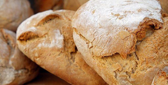 Bagning i grillen og opskrift på 3 slags bagværk
