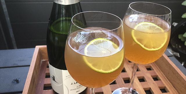 Is-the med ingefær og bobler